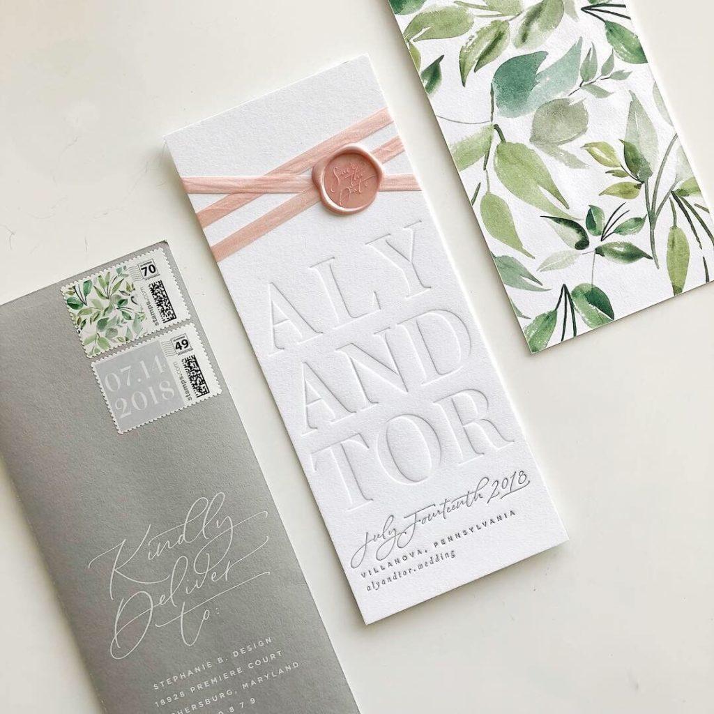 Invitación de boda con sello de lacre
